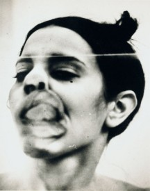 Anna Mendieta - Glass On Body